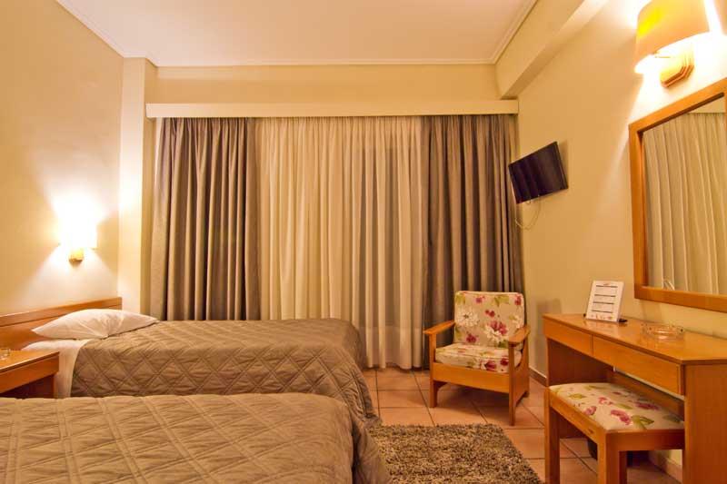 Triple-Bed Room